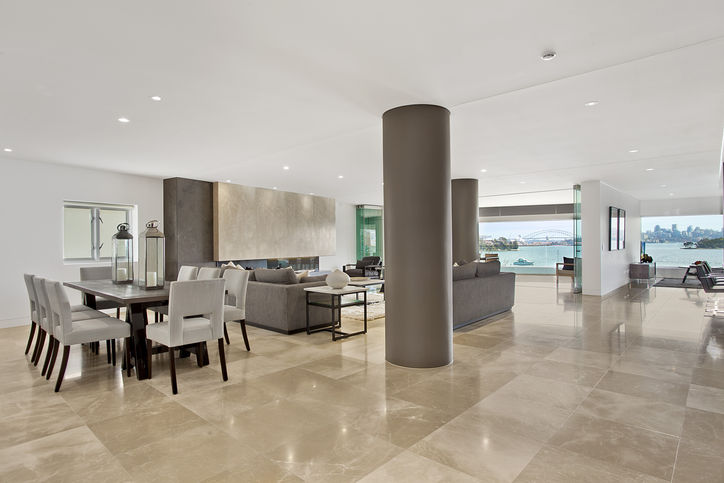 Luxury Apartment in Point Piper