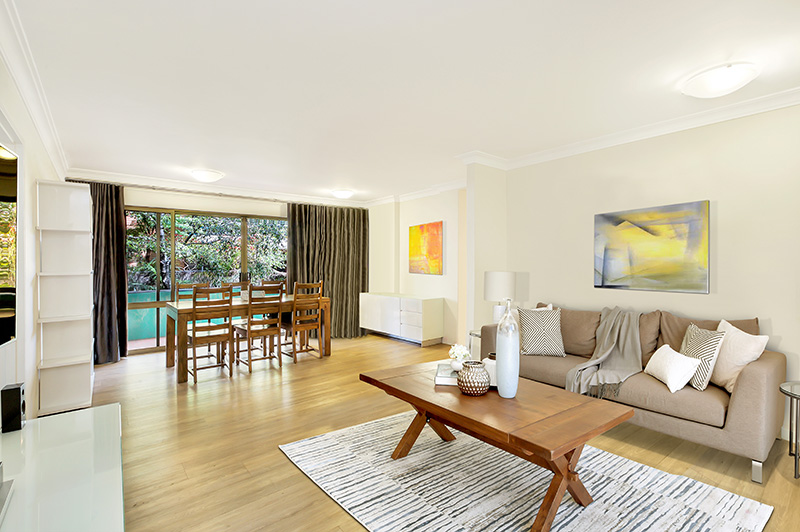 Open plan living at 8 Parraween Street Cremorne
